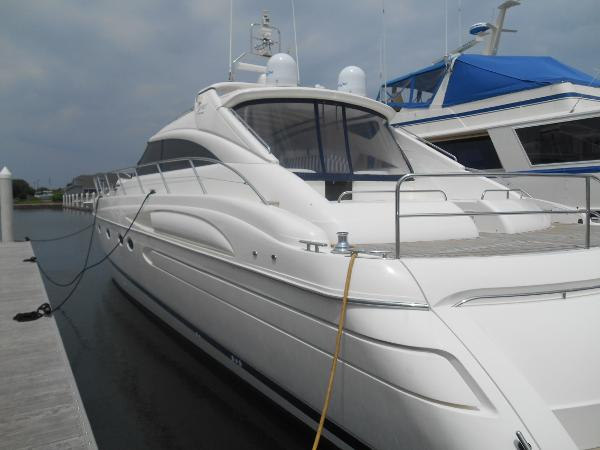 Princess / Viking Sport Cruiser V65