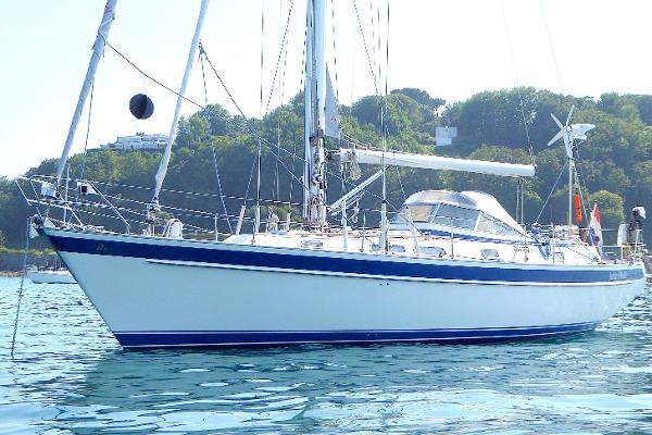 Hallberg-Rassy 42 F MK II