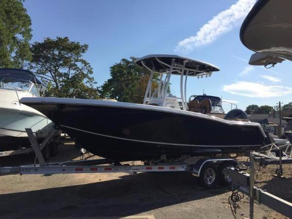 Tidewater Boats LXF 220