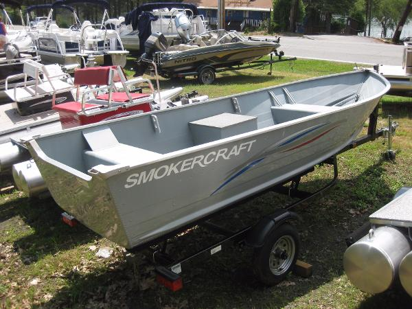 Smoker craft boats for sale 14 for Smoker craft alaskan 15