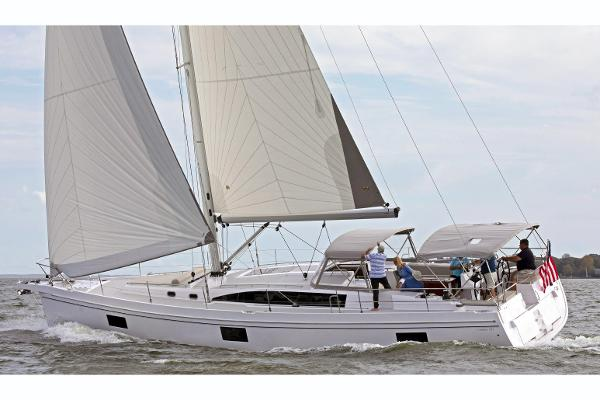 Catalina 545 Manufacturer Provided Image