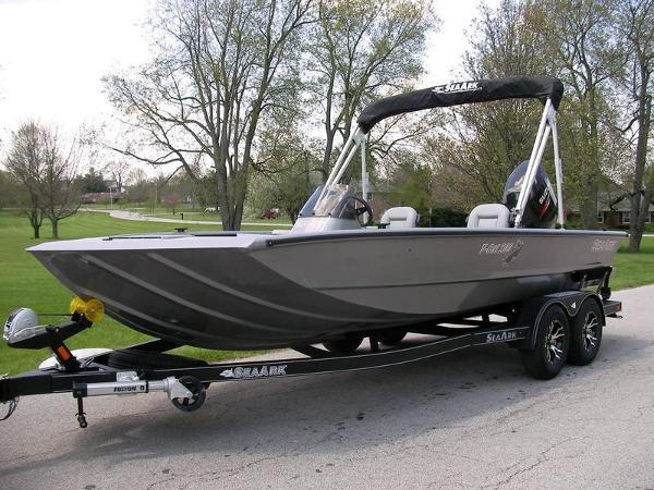 SeaArk VCAT 200