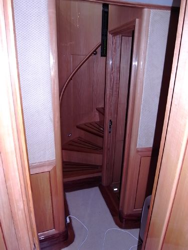 View showing companionway from main forward head