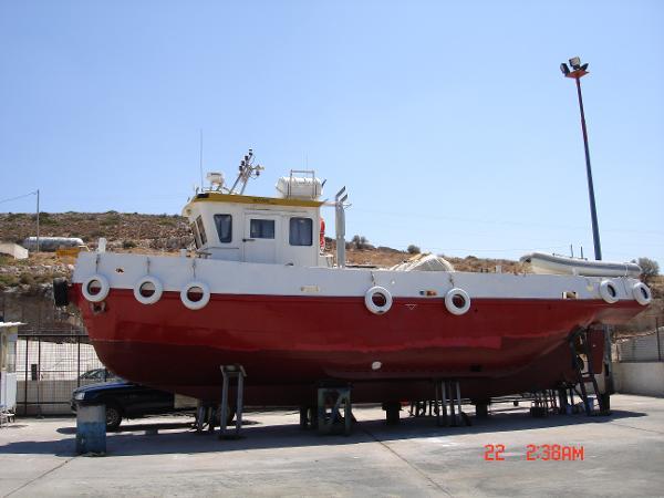 Diving Support Vessel Diving Support Vessel - Port Hull