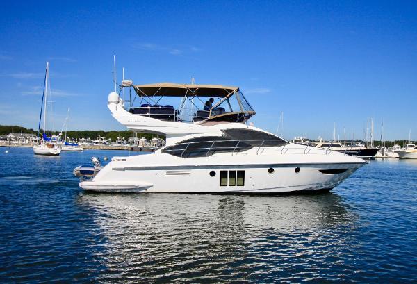 Azimut 45 Flybridge Starboard Profile