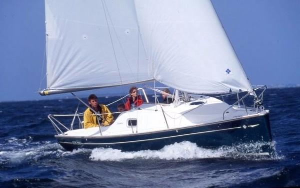 Jeanneau 2000. Comfort Version. Fun beat to windward. Courtesy Jeanneau marketing.