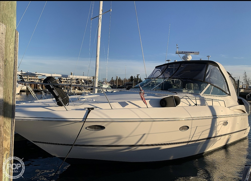 Cruisers 3772 2003 Cruisers Yachts 3772 for sale in North Kingstown, RI