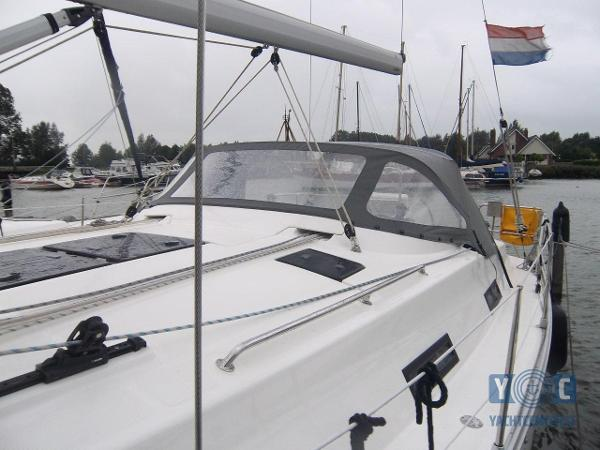 Bavaria 36 Cruiser Bavaria_36_Roarch_005.jpg
