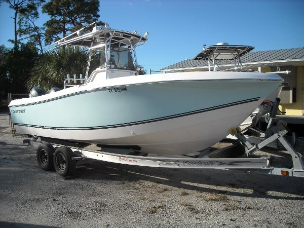 Clearwater 230 Center Console