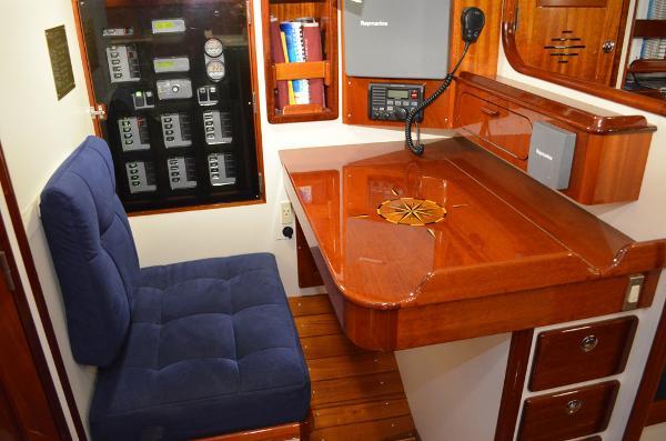 Morris Yachts 42 Nav station