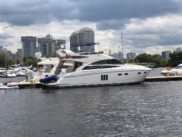 Princess 54 Flybridge Princess 54 Flybridge