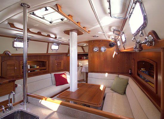 Pacific Seacraft 40- Salon