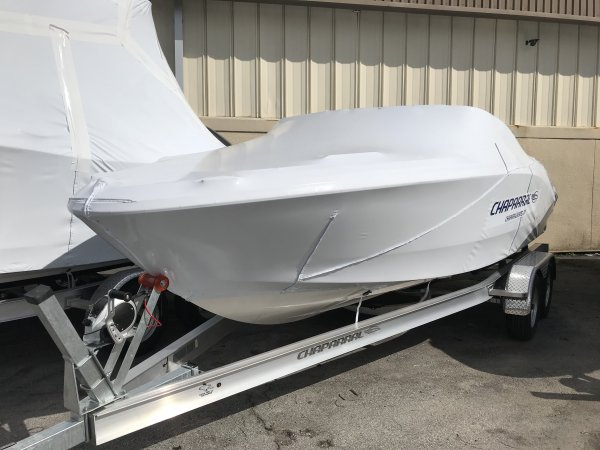 Chaparral 21 H2O Outboard Bowrider