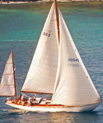 Classic Cruising yawl A. Robb design