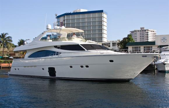 Ferretti Yachts 830 Photo 1