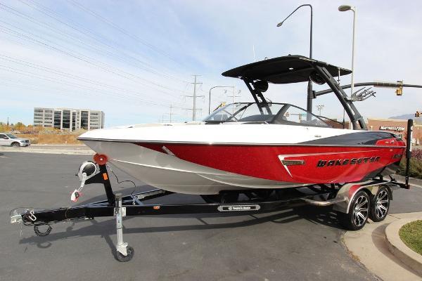 Malibu Boats 23 LSV