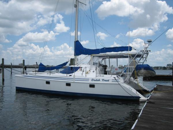 Manta 40 Sail Catamaran Dutch Treat
