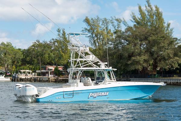 Hydrasports 4200 SF Fisherman
