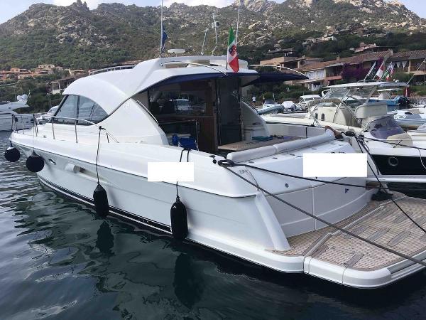 Riviera 4700 Sport