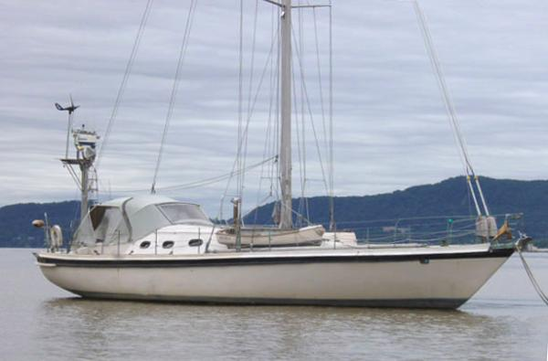 50 foot blue water sloop