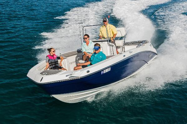Yamaha Boats 210 FSH Deluxe Manufacturer Provided Image