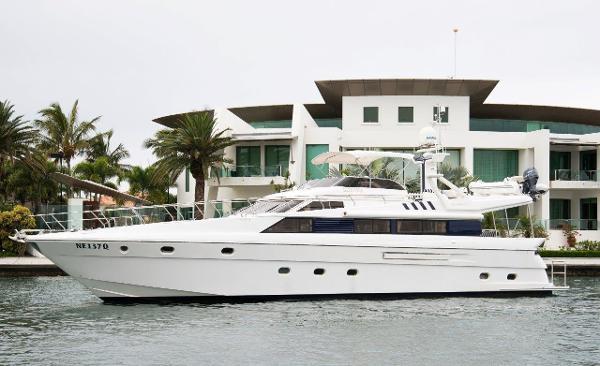 Dyna Yachts 68