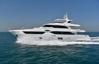 Majesty Yachts MAJESTY YACHT 110 MAJESTY YACHT 110