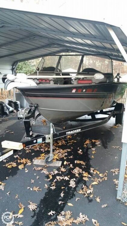 Tracker Targa V18 2014 Tracker Targa V18 for sale in Sandston, VA