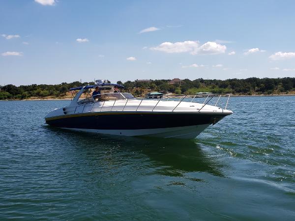 Fountain 48 Express Cruiser