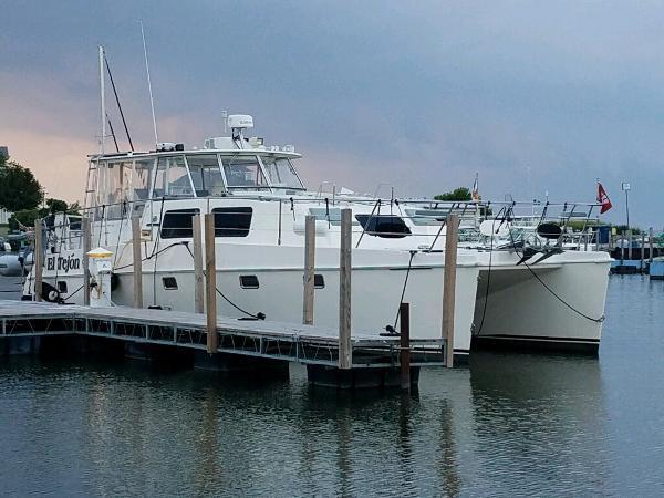 Endeavour Trawler Cat 44