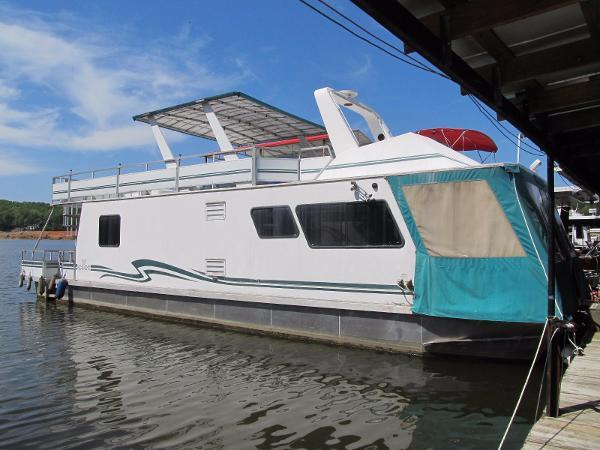M Yacht 4815