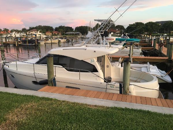 Rodman Spirit 31 HT Port side