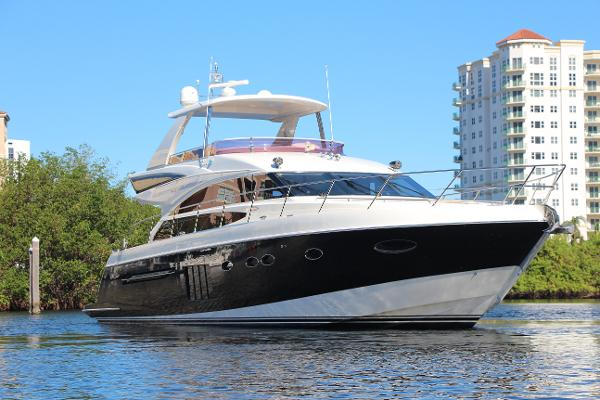 Princess 64 Flybridge 64' Princess Flybridge