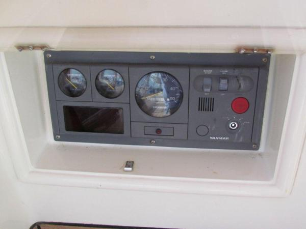 Engine controls at helm