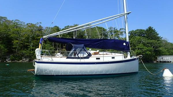Nonsuch 26 Classic On Her Mooring