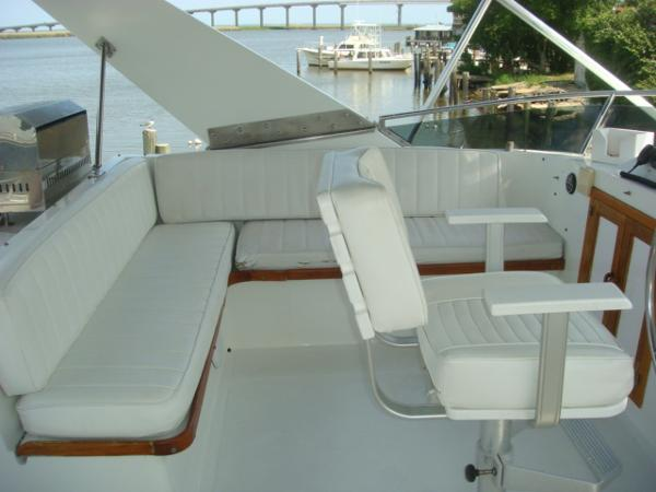 60' DeFever flybridge port