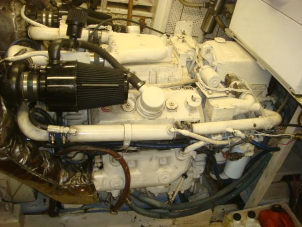 60' DeFever port main engine