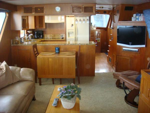 60' DeFever salon forward
