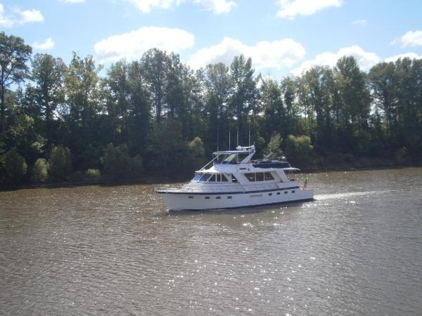 60' DeFever underway port forward profile
