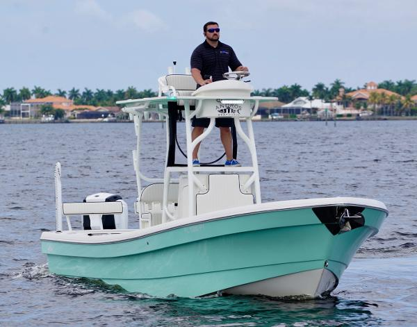 Andros Boatworks 26 Tarpon