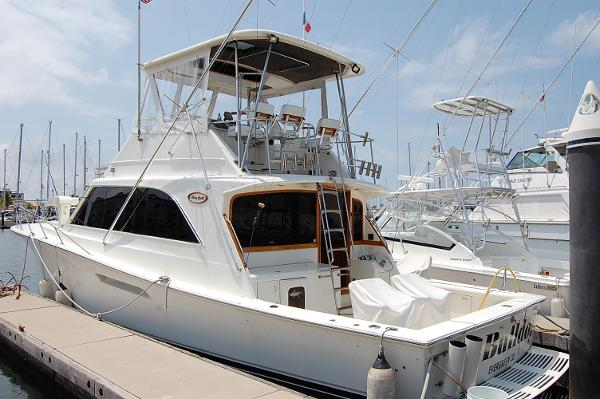 Ocean Yachts Super Sport fisher