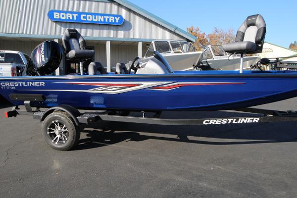 Crestliner VT 17 Bass Boat