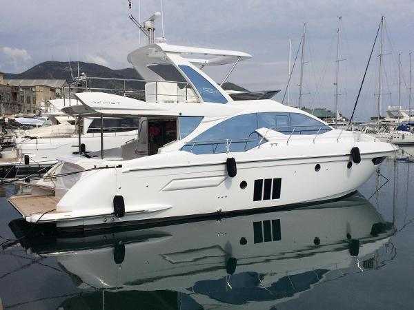 Azimut 50 Flybridge Azimut Yachts France 50F External