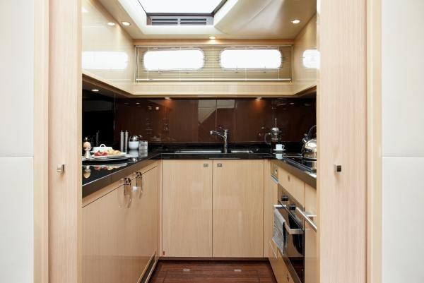 Princess V85-S Galley