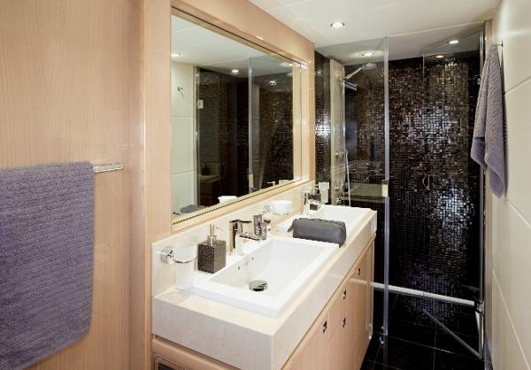 Princess V85-S Master Bathroom
