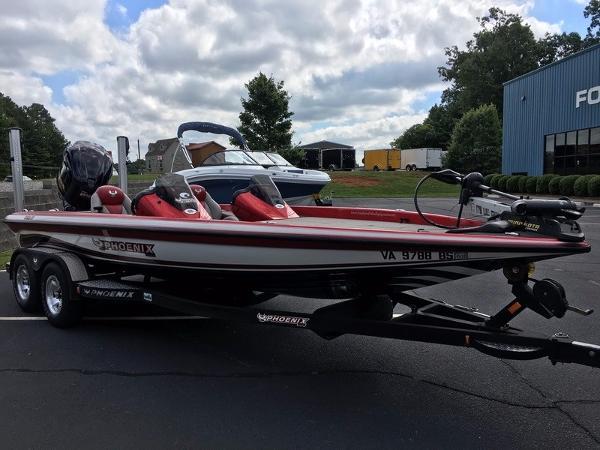 Phoenix Bass Boats 721 ProXP