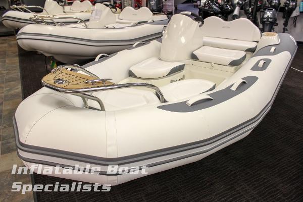 Zodiac Yachtline 420 NEO w/F60