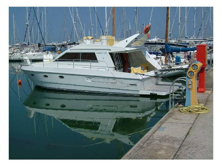 Ferretti Yachts FERRETTI 36 FLY