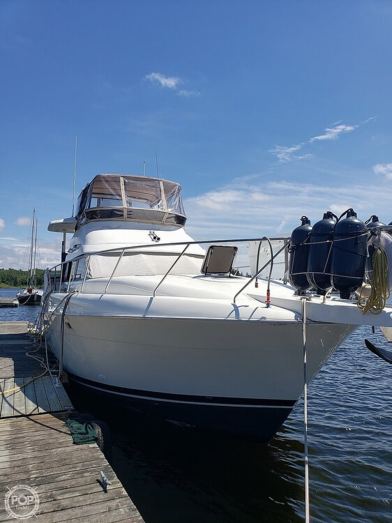 Silverton 41 ACMY 1994 Silverton 41 ACMY for sale in Kenora, ON