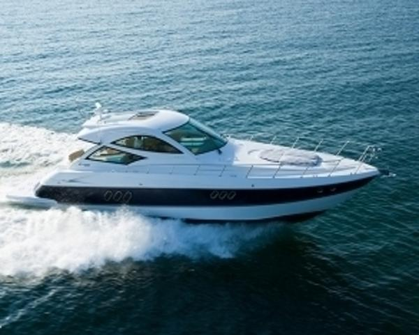 2015 Cruisers 540 Sport Coupe / Manufacturer Provided Image